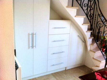 Am nagement sous escalier placard sous ecalier vannes for Amenagement sous escalier interieur