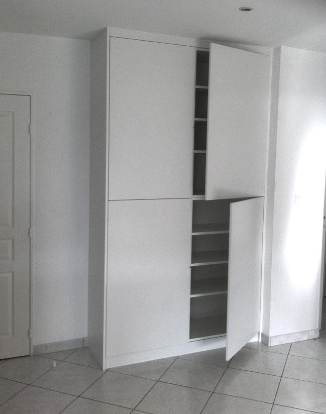 placard sous pente dressing sur mesure vannes hebert agencement. Black Bedroom Furniture Sets. Home Design Ideas